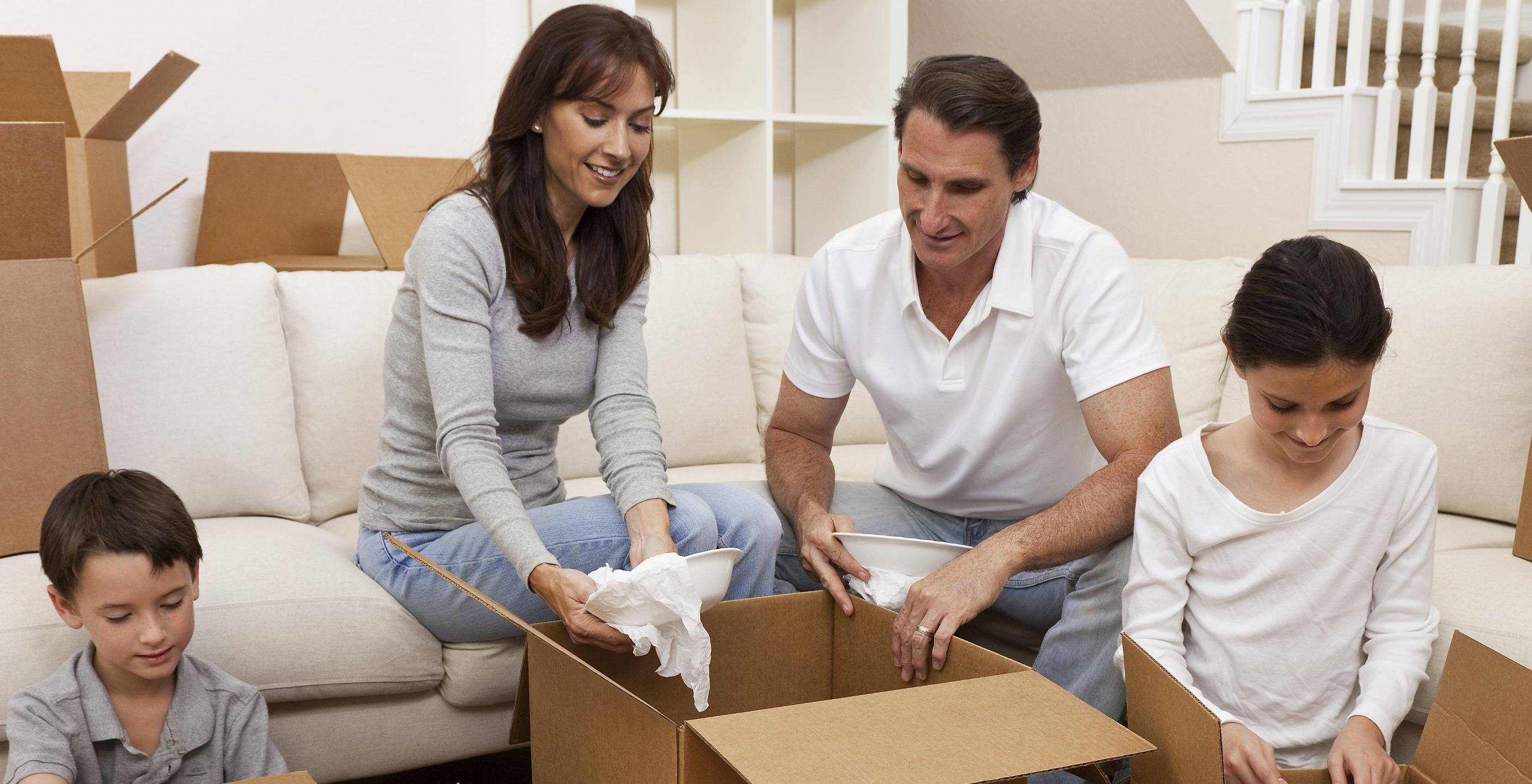 Family of 4 packing for a move, storage elk grove, storage options elkgrove